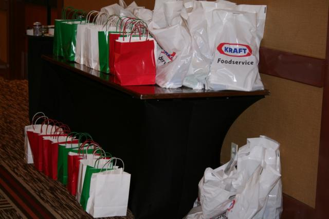 Thanks to Michelle Faust of Midwest Regional Sales of KY and Brenda Athey of Kraft foods everyone went home with goodie bags. Thank you both.